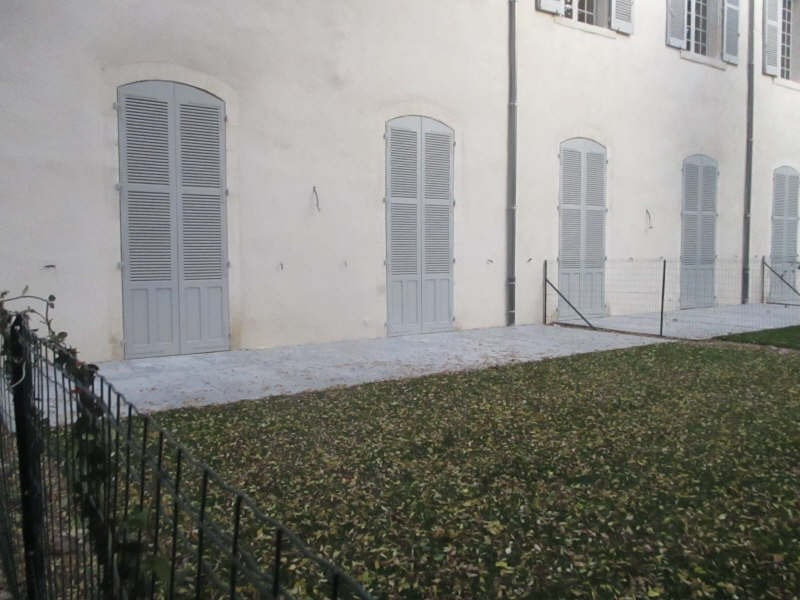 Location appartement Nimes 749€ CC - Photo 1