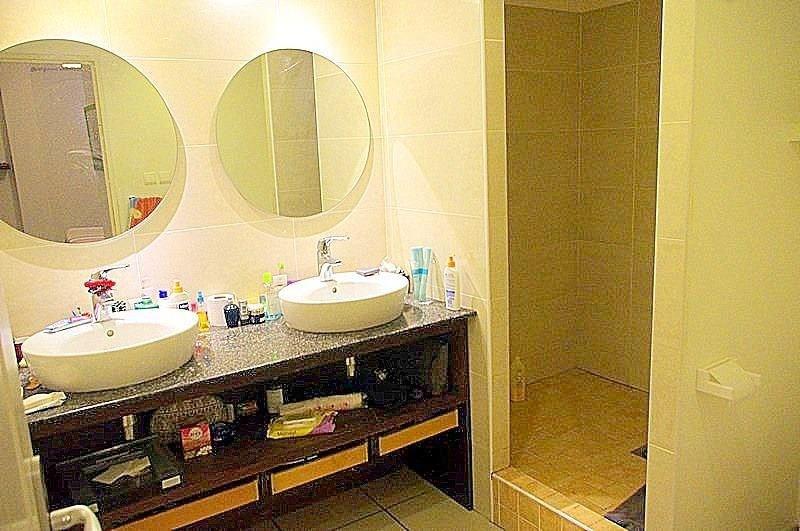 Venta  apartamento St gilles les bains 267800€ - Fotografía 2
