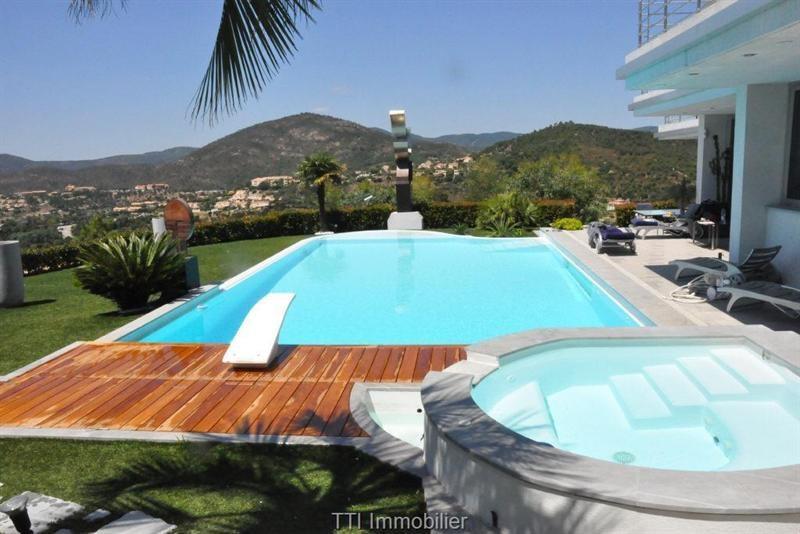 Vente de prestige maison / villa Les issambres 4725000€ - Photo 5