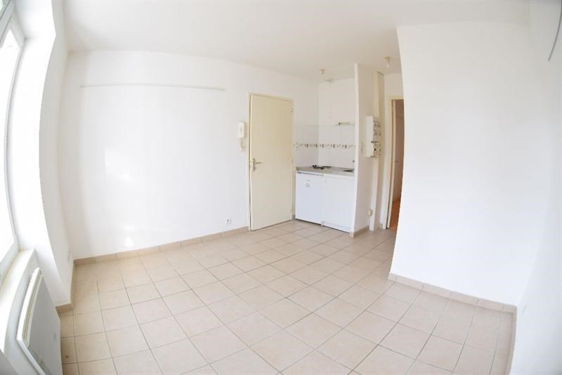 Rental apartment Brest 350€ CC - Picture 2