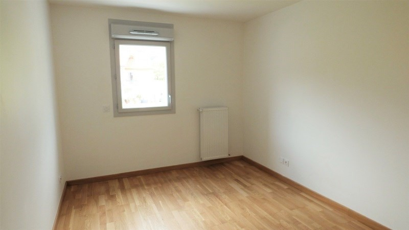 Location appartement Gex 1 603€ CC - Photo 4