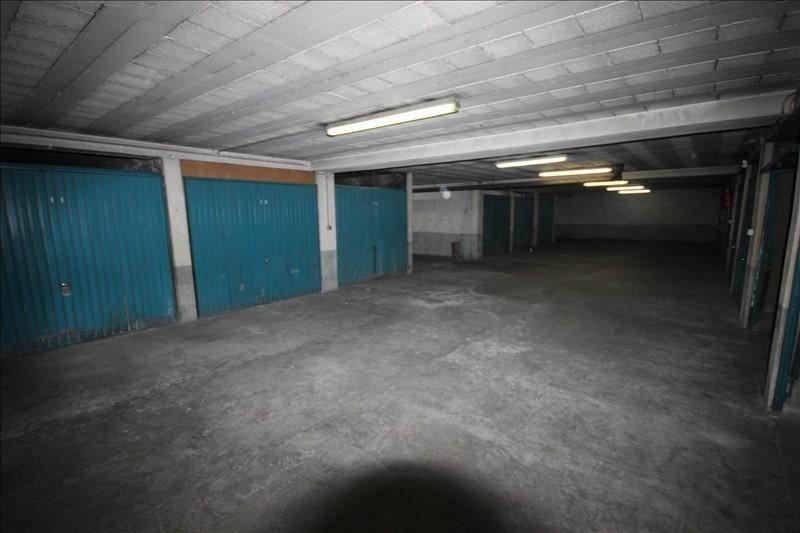 Rental parking spaces Asnieres sur seine 110€ CC - Picture 2