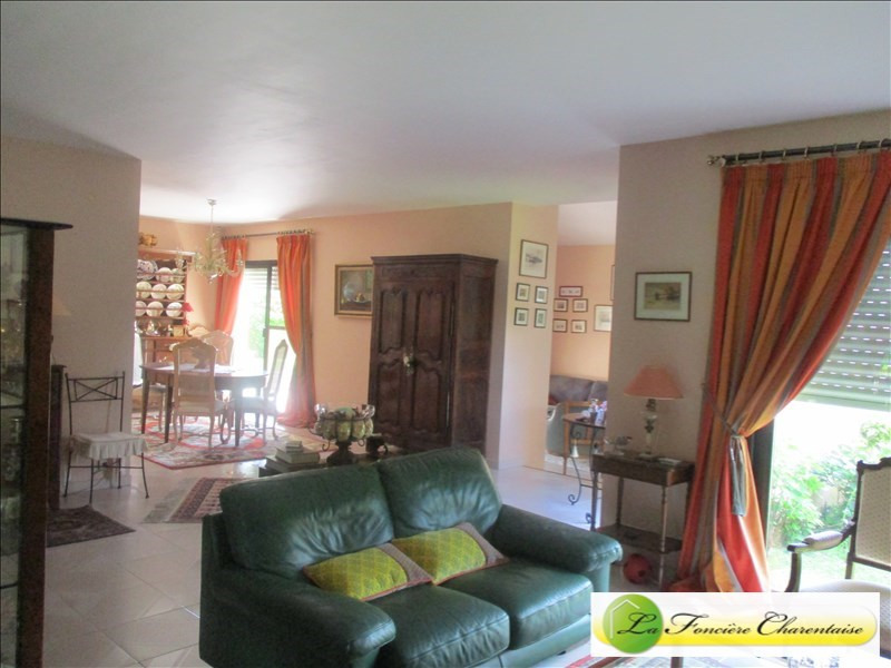 Sale house / villa Fléac 387 000€ - Picture 3