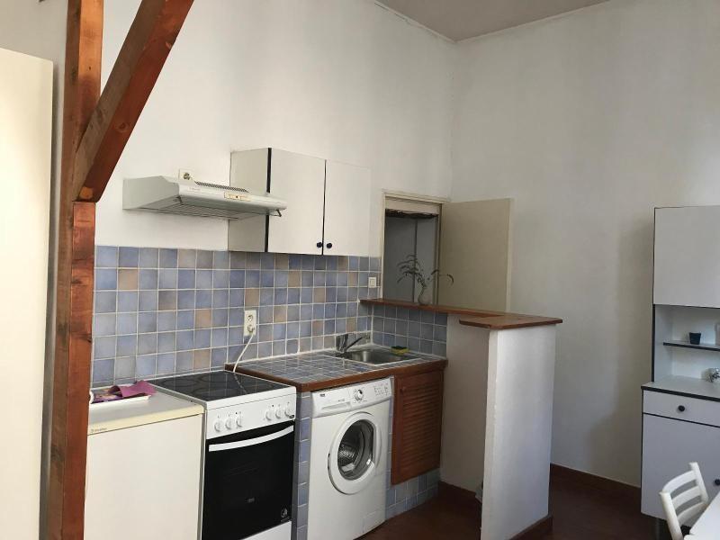 Location appartement Aix en provence 760€ CC - Photo 3