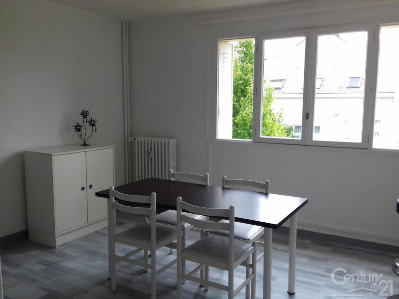 Location appartement Ifs 445€ CC - Photo 2