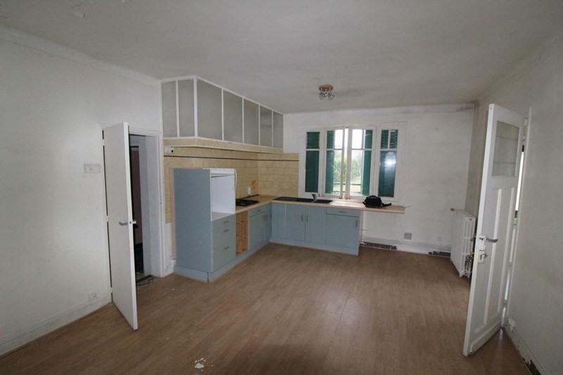 Sale house / villa Le mesnil st denis 210000€ - Picture 3