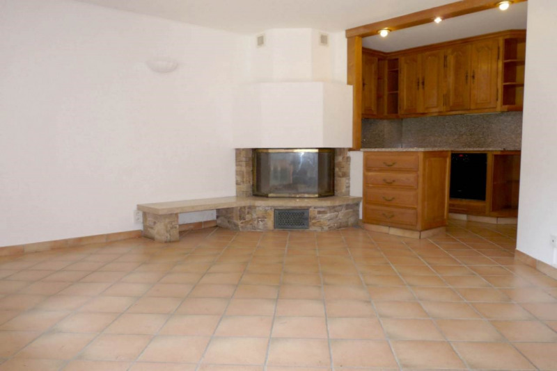 Investment property apartment La roche-sur-foron 134 000€ - Picture 2