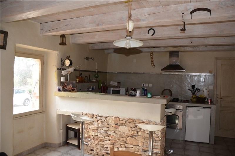 Sale house / villa Salavas 265000€ - Picture 2