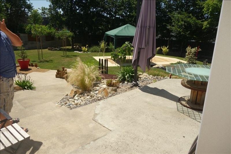 Sale house / villa La roche sur yon 379000€ - Picture 6