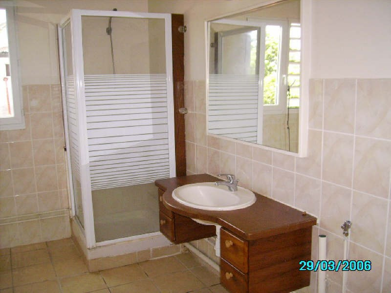 Rental apartment St claude 560€ +CH - Picture 9