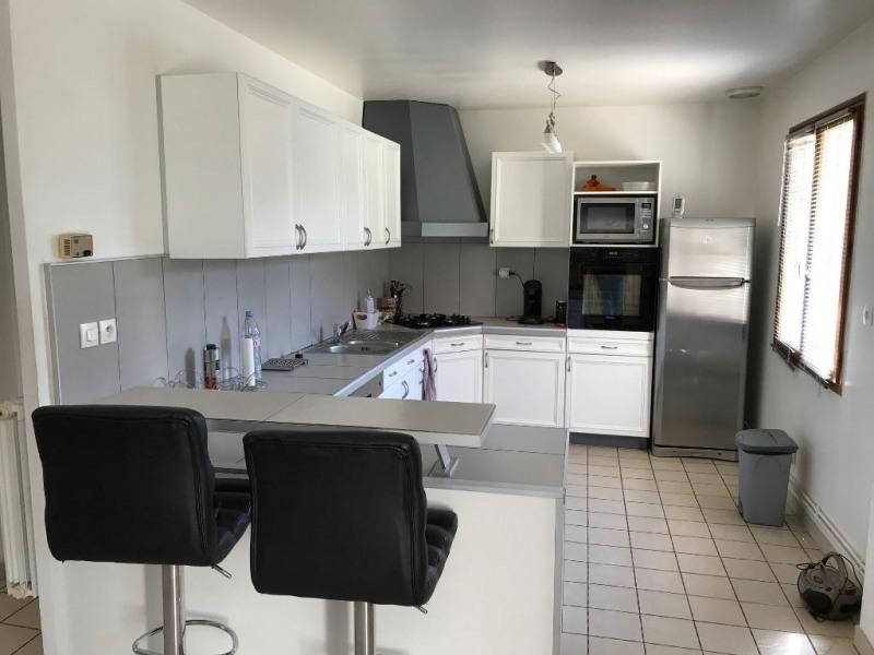 Sale house / villa Mouroux 290000€ - Picture 4