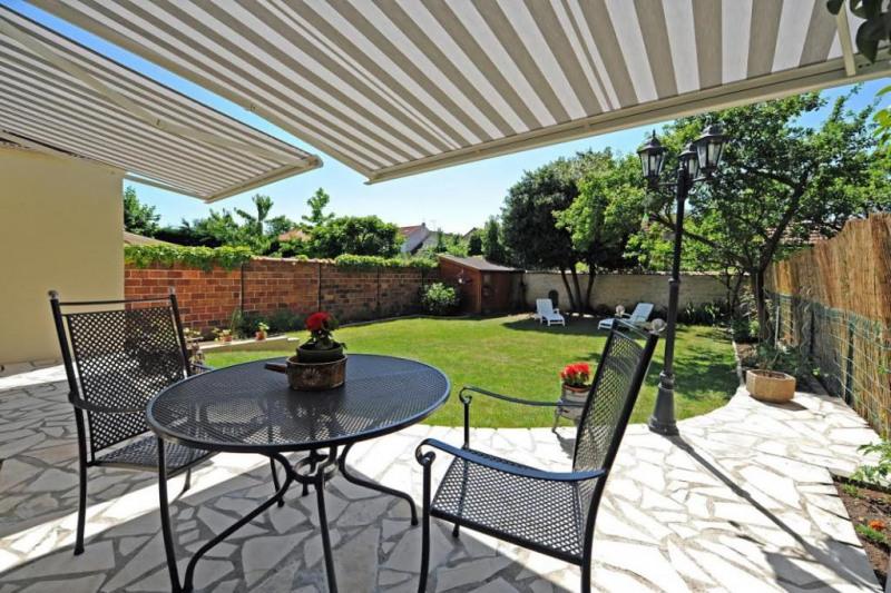 Vente de prestige maison / villa Joinville-le-pont 1040000€ - Photo 2