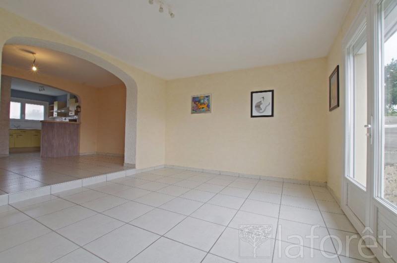 Sale house / villa Cholet 154900€ - Picture 1