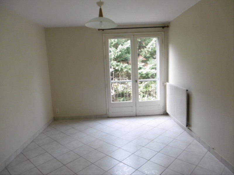Location appartement Figeac 425€ CC - Photo 3