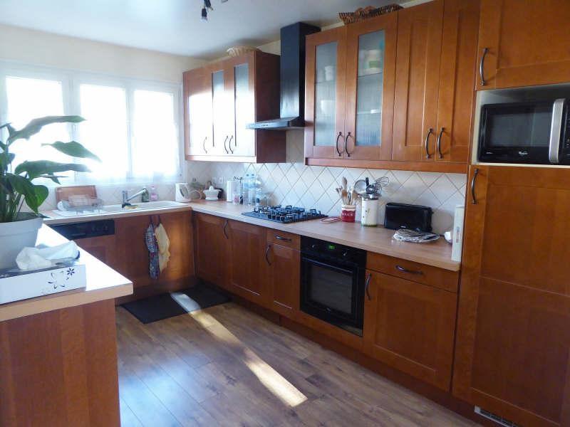 Sale house / villa Elancourt 379900€ - Picture 3