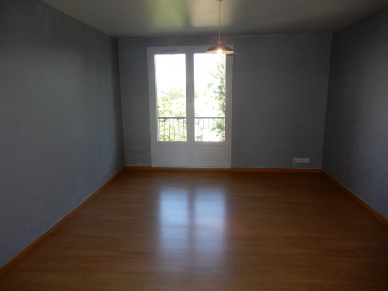 Sale apartment Pont de cheruy 110 000€ - Picture 2
