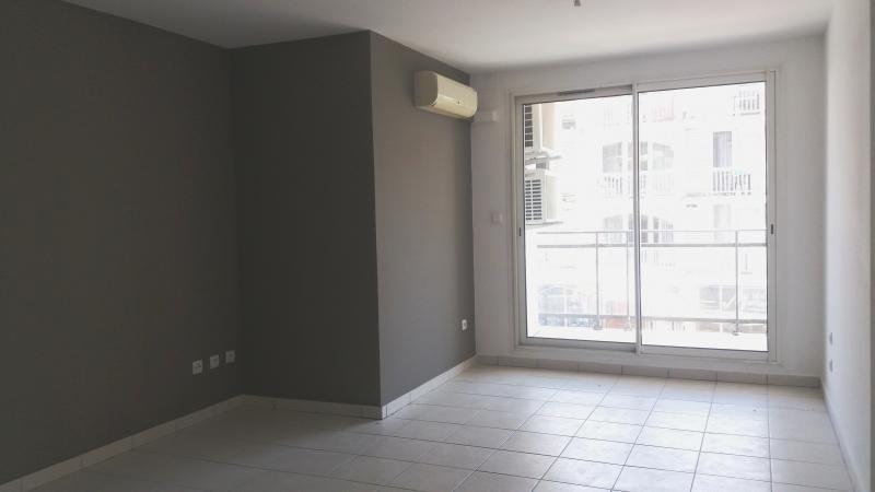 Venta  apartamento St denis 99000€ - Fotografía 1