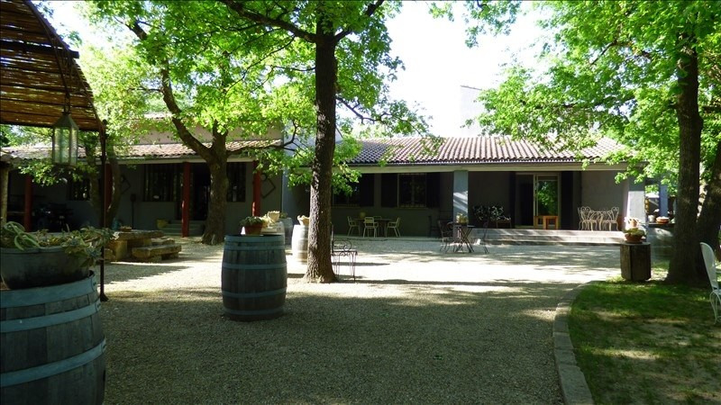 Deluxe sale house / villa Caromb 1 050 000€ - Picture 2
