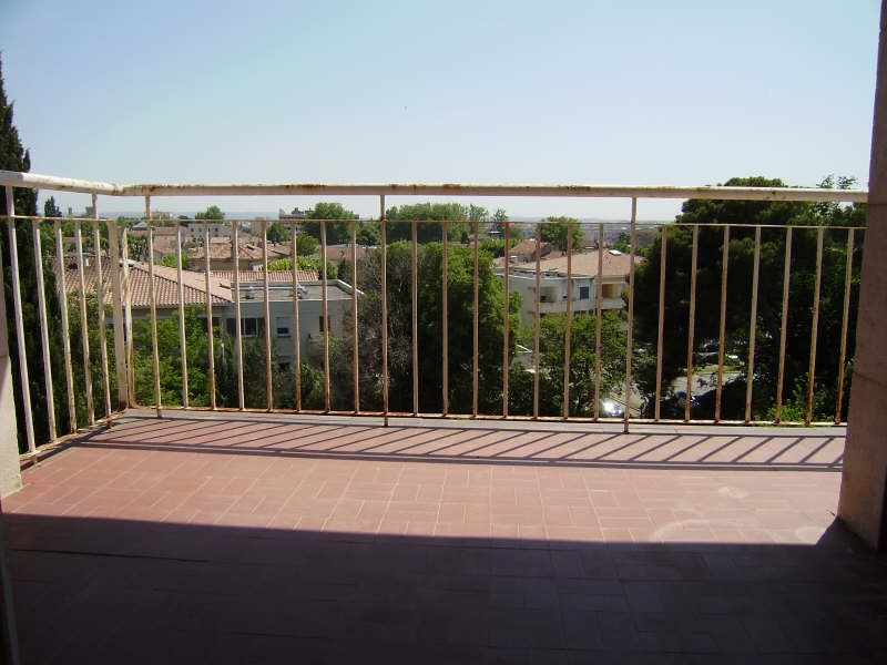 Sale apartment Salon de provence 109 000€ - Picture 1