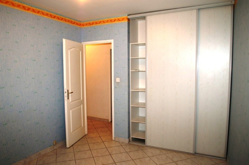 Location maison / villa Nivolas-vermelle 950€ +CH - Photo 4
