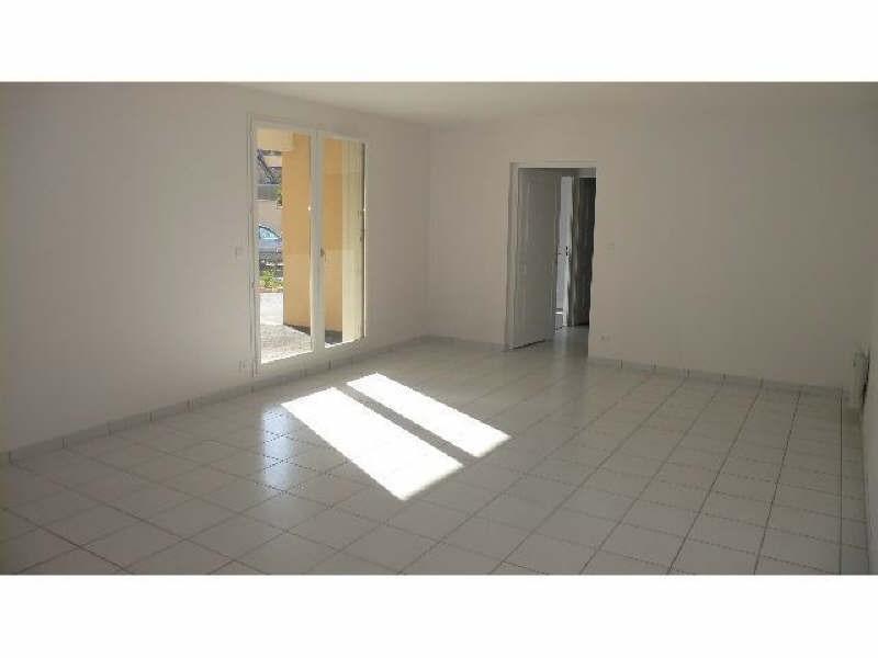 Rental apartment Vendome 560€ CC - Picture 3