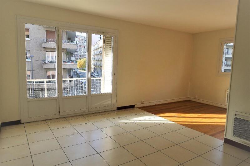 Location appartement Grenoble 836€ CC - Photo 1