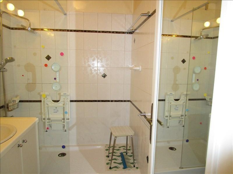 Sale apartment Versailles 430000€ - Picture 7