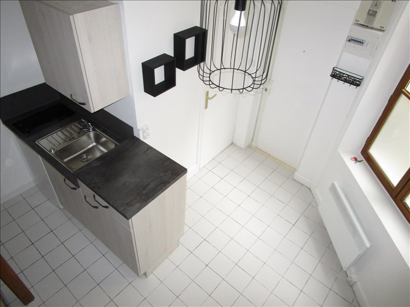 Rental apartment Versailles 610€ CC - Picture 3