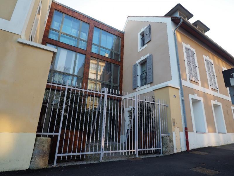 Sale apartment Melun 184000€ - Picture 1