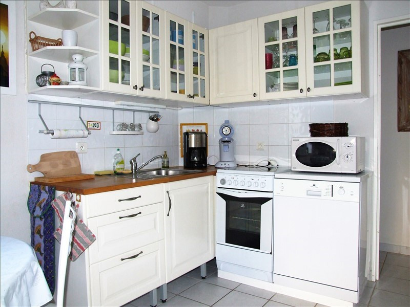 Sale house / villa La londe les maures 244400€ - Picture 5
