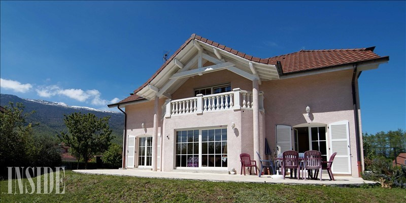 Deluxe sale house / villa Sergy 795000€ - Picture 1