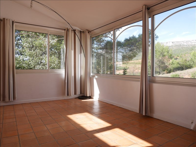 Sale apartment Chateauneuf le rouge 335 000€ - Picture 4