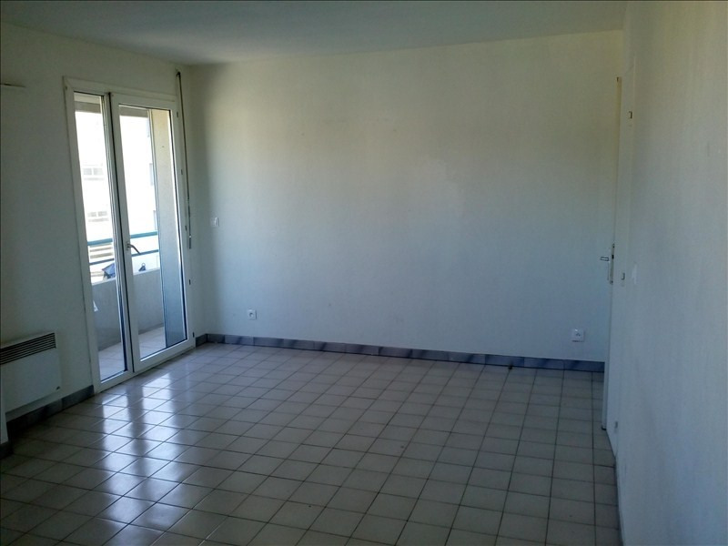 Sale apartment Toulon 107 000€ - Picture 1