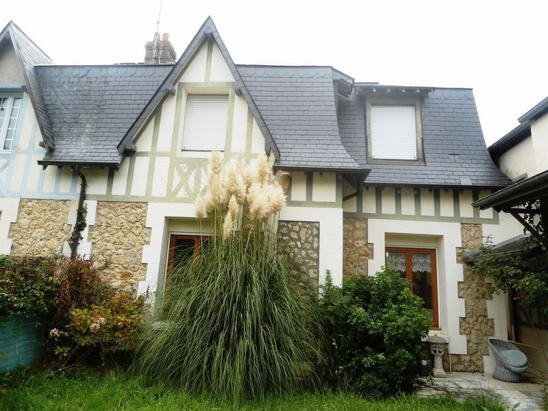 Revenda residencial de prestígio casa Deauville 678000€ - Fotografia 2