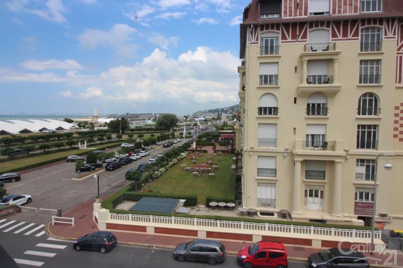 Revenda residencial de prestígio apartamento Deauville 966000€ - Fotografia 19