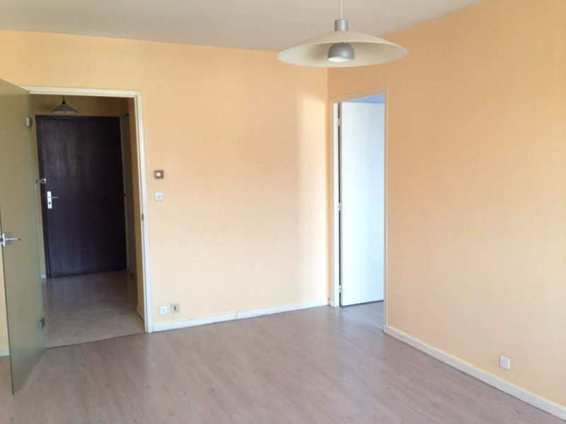 Location appartement Agen 430€ CC - Photo 3