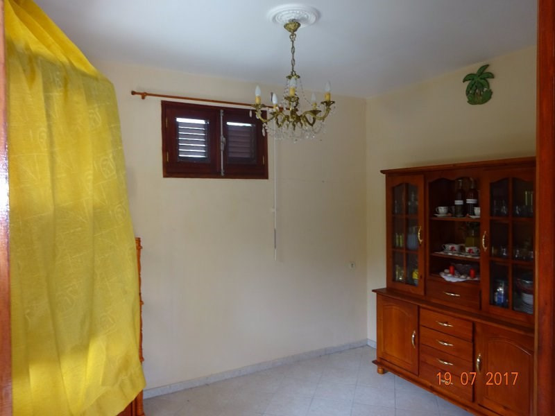 Vente maison / villa Bouillante 153000€ - Photo 5