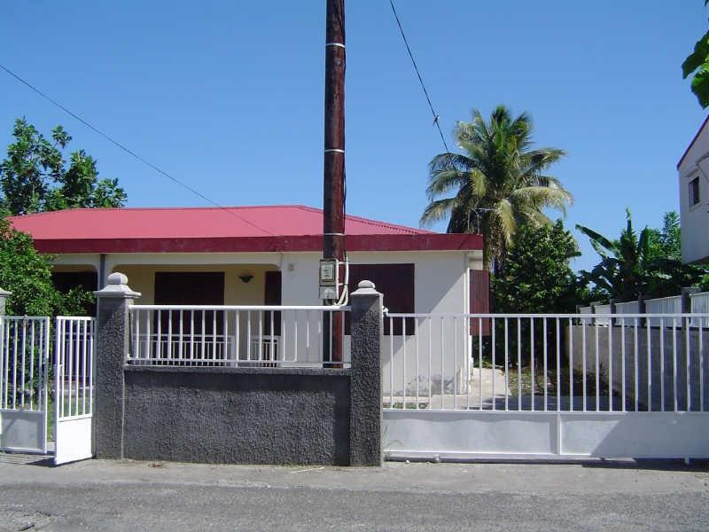 Rental house / villa Le gosier 900€ +CH - Picture 1