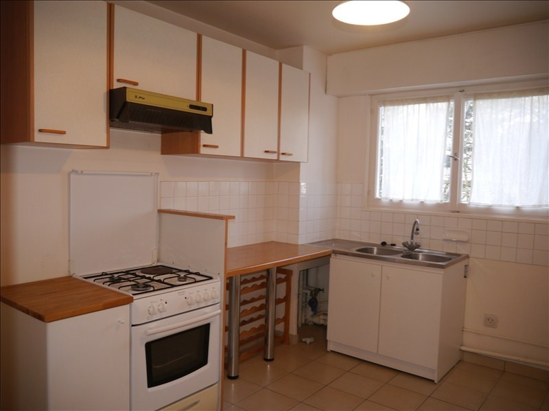 Location appartement Marly le roi 1 378€ CC - Photo 3