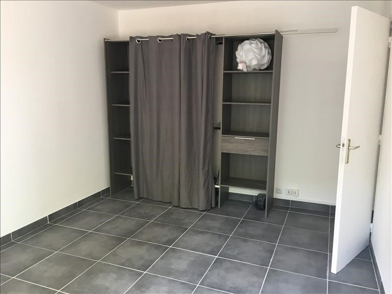 Rental apartment Nimes 785€ CC - Picture 6