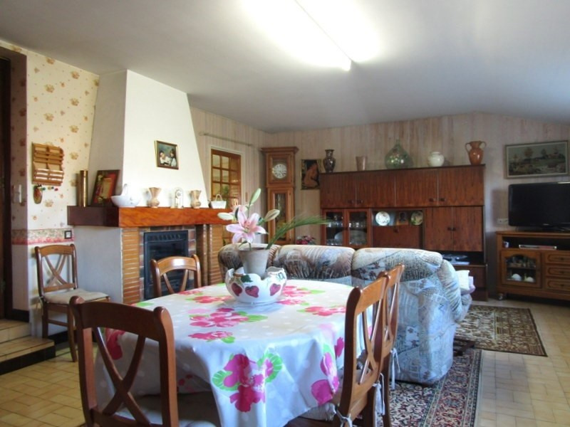 Sale house / villa Montendre 168 700€ - Picture 3
