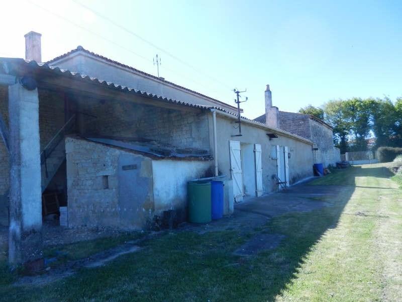 Sale house / villa Ardillieres 247000€ - Picture 4