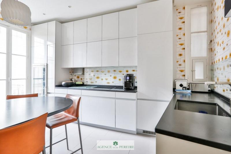 Deluxe sale apartment Paris 9ème 1550000€ - Picture 11
