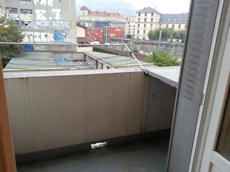 Location appartement Grenoble 571€ CC - Photo 3