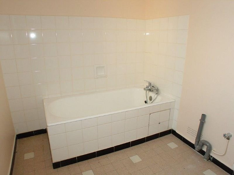 Rental apartment Tence 510€ CC - Picture 5