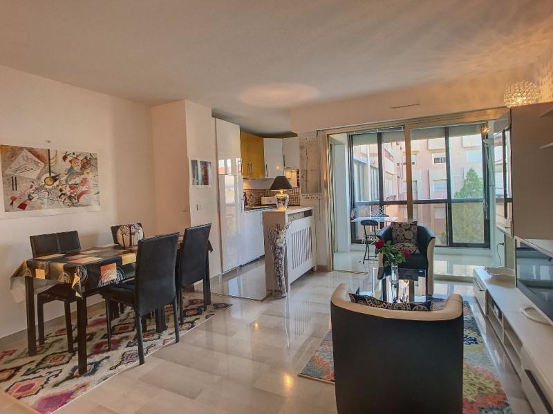 Vendita appartamento Juan les pins 215000€ - Fotografia 1