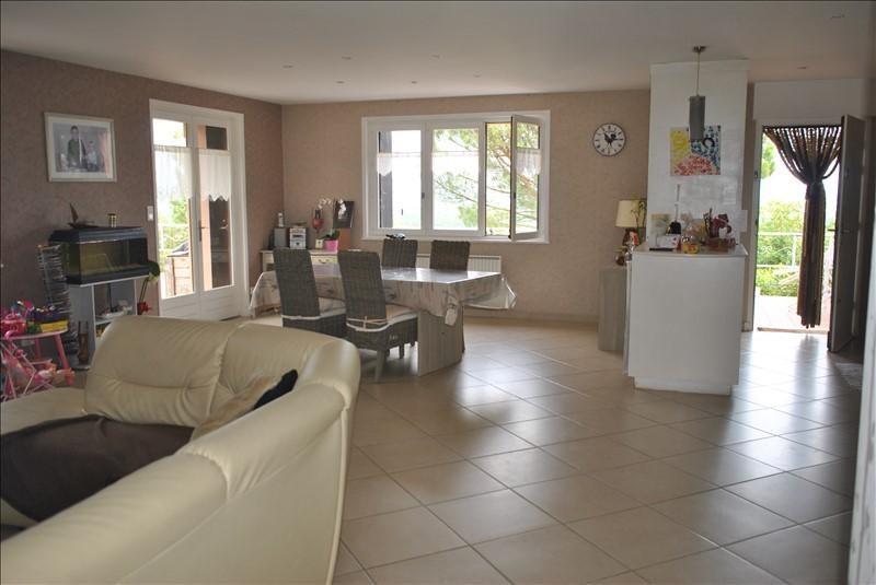 Sale house / villa Ambierle 178000€ - Picture 3