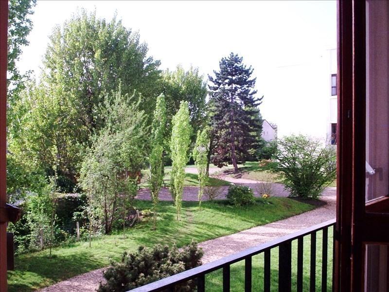 Sale apartment Nanterre 295000€ - Picture 2