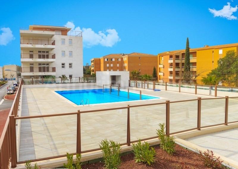 Vente de prestige appartement Le lavandou 210000€ - Photo 4