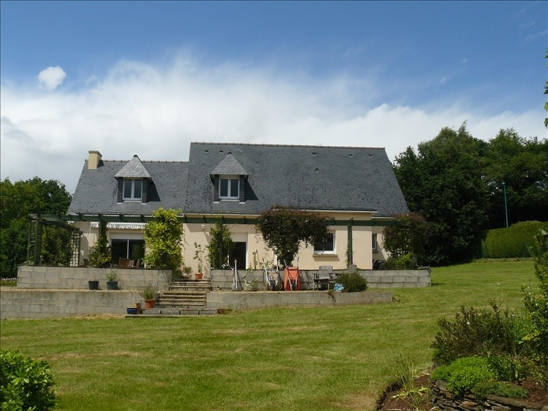 Sale house / villa Josselin 252 250€ - Picture 3
